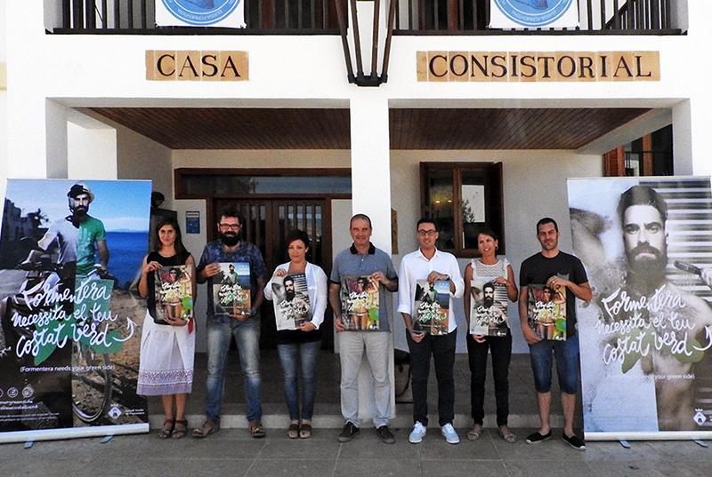 """""""FORMENTERA NECESSITA EL TEU COSTAT VERD, Nova campanya institucional presentada a Formentera"""" <em>IB3 TELENOTÍCIES VESPRE</em>"""